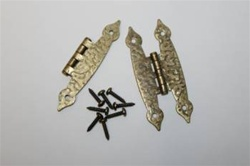 "HINGE ANTIQUE BRASS HAMMERED 1-1/2"" X 3-1/2"" PAIR"